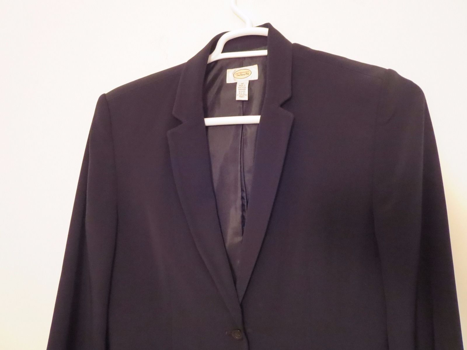Talbots Women's Size 12 Two Button Black Blazer Excellent Condition High Quality image 2