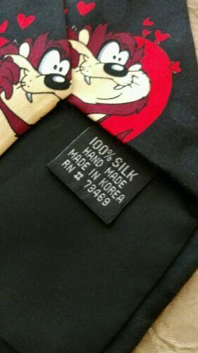 Vintage TAZ Sylvester Bugs Looney Tunes Mania Mens Silk Tie Warner Bro Valentine