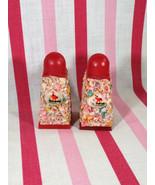 Kitschy Vintage Florida Flamingo & Mini Colorful Shell Souvenir Salt Pep... - $12.00