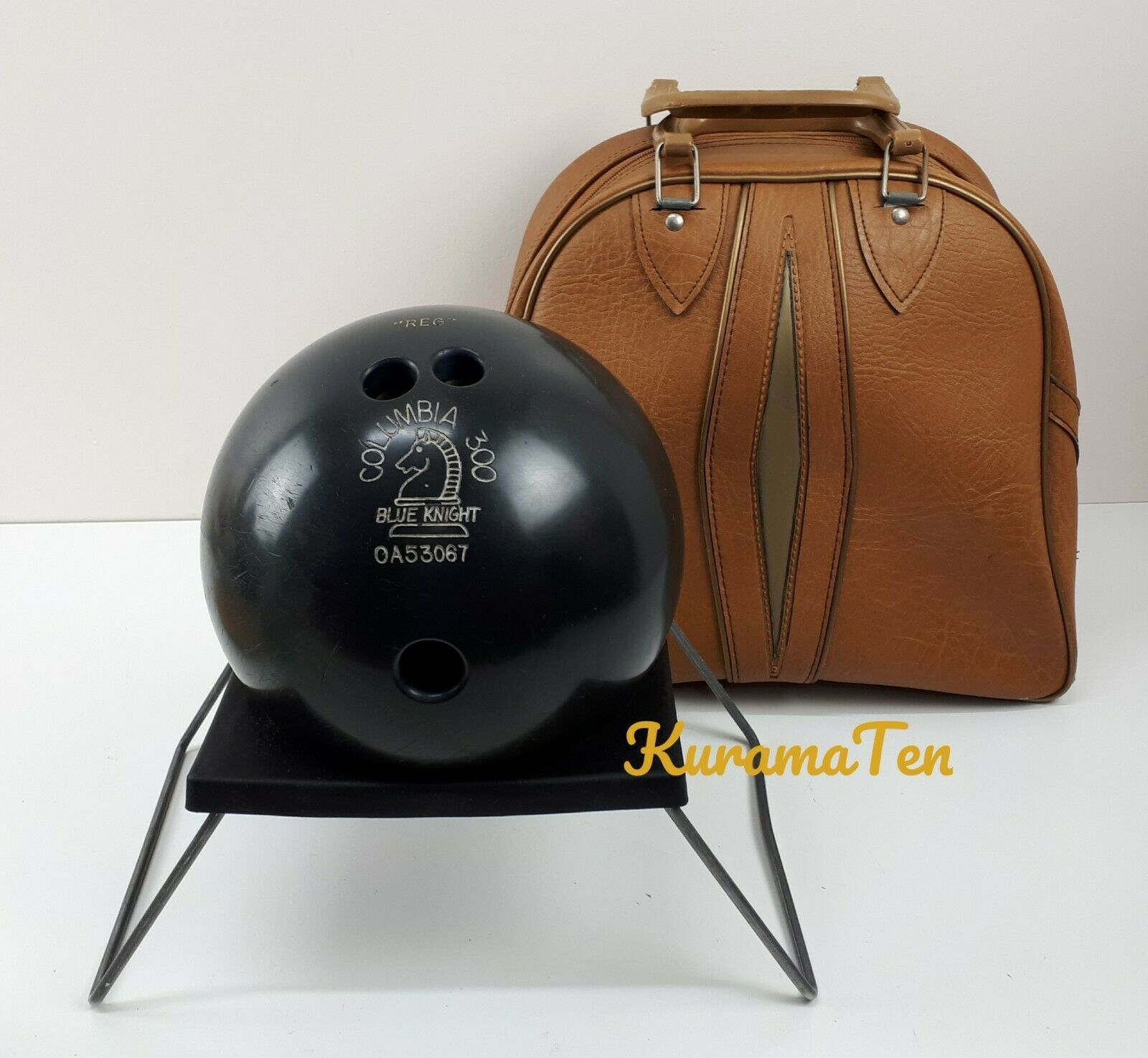 Primary image for Vintage Columbia 300 Blue Knight Drilled Bowling Ball URETHANE With Bag 15LB