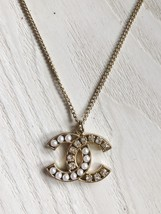 AUTH CHANEL CRYSTAL PEARL CC PENDANT NECKLACE GOLD
