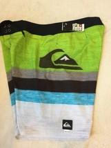 Mens $65 NWT Quiksilver Board Shorts Size 38 Logo New Swim Wear Beach Surf (RR28 - $32.66