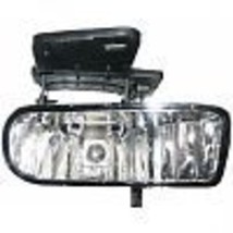 Fits 00-06 GMC Yukon & Yukon XL Right Passenger Fog Lamp Assembly - $34.95