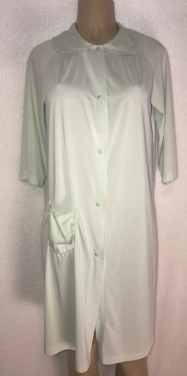 13887ac494 S l1600. S l1600. Previous. VTG Shadowline Mint Green Nylon Peignoir Robe  Nightgown Negligee lace Set S