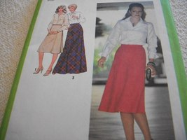 Misses' Flared Skirt Pattern Simplicity 8977 - $8.00