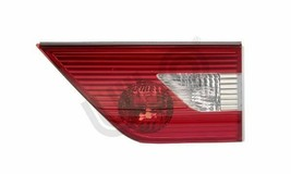 New BMW X3 E83 Rear Light in Trunk Lid Right 63213420204 - $97.01
