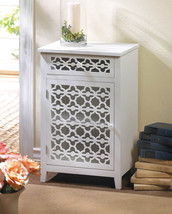 MEADOW LANE CABINET - €117,31 EUR