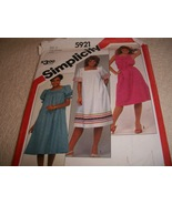 Misses' Pullover Dress & Sash Pattern Simplicity 5921 - $4.00