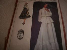 Vintage Juniors' & Misses' Skirt & Blouse Pattern Simplicity 8907 - $14.00