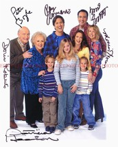 An item in the Entertainment Memorabilia category: EVERYBODY LOVES RAYMOND FULL CAST AUTOGRAPHED AUTOGRAMM 8x10 RP PHOTO BY ALL