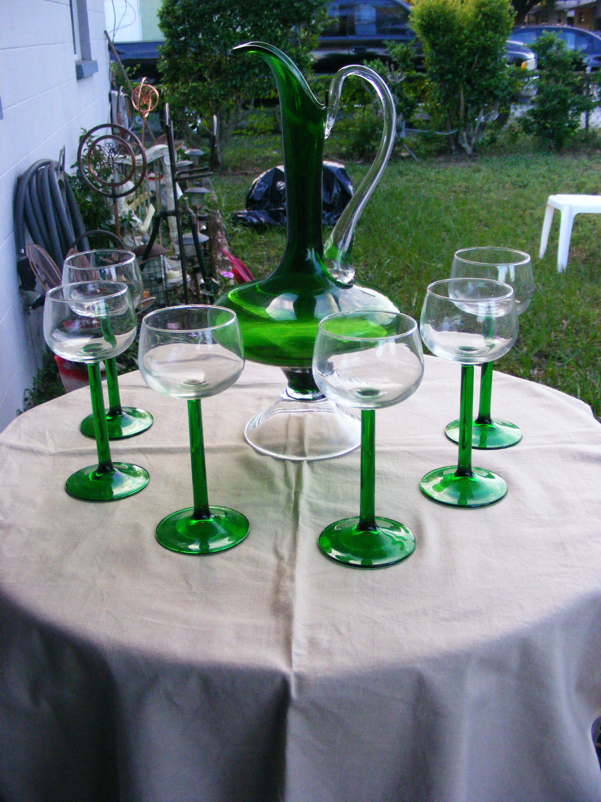 Primary image for Vintage Handblown Green/Clear Glass Pitcher with Matching Glasses