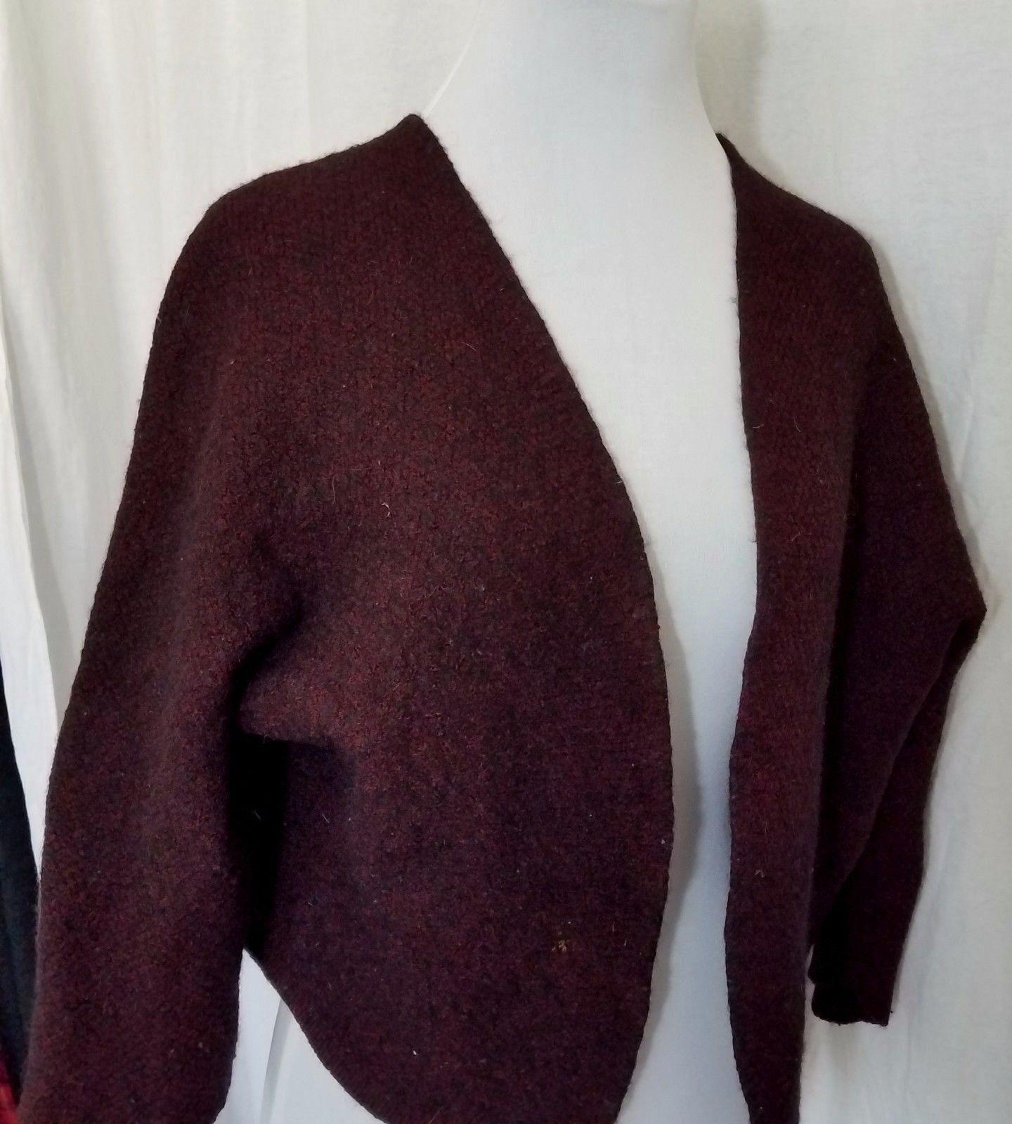 Brandy Melville Sweater Burgundy Black 3/4 Sleeve One Size