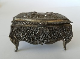 Vintage Jewelry Box Casket Cherubs And Flowers Decorated - $69.99