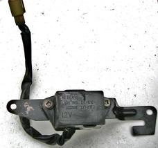 Kawasaki NINJA 750R 87-90 reserve lighting switch - $48.51