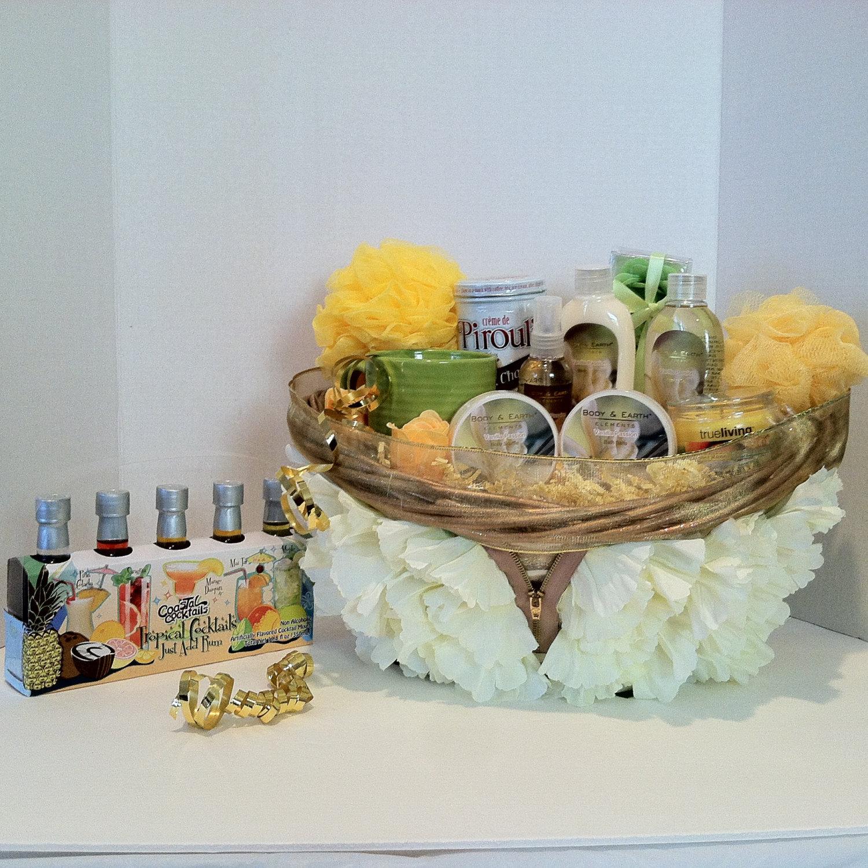 Wedding Day Gift Basket : Day Gift, Wedding , Birthday Spa Gift Basket Scent Vanilla - Gift ...