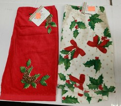 "2 DIFFERENT PRINTED TERRY TOWELS (15"" x 25"") CHRISTMAS POINSETTIA & BERR... - $11.87"