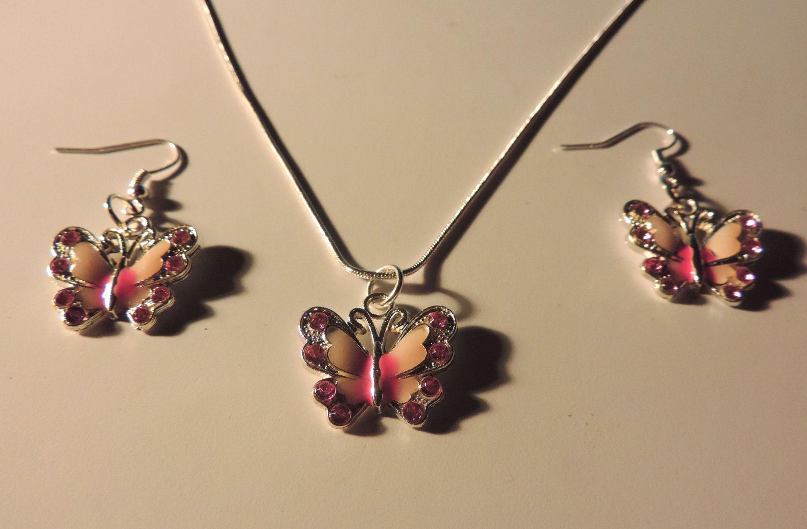 Pretty Pink Enamel Rhinestone Butterfly Necklace Pendant