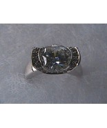 Sterling Silver 1.5 carats Oval Cut Cubic Zirconia Ring 4.8 grams - $40.00