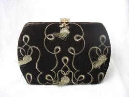 VELVETY SOFT OSCAR DE LA RENTA EVENING BAG - $12.028,01 MXN
