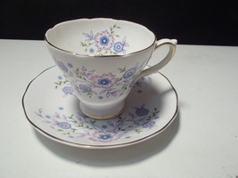 1974 VINTAGE AVON Blue Blossoms China Cup & Sau... - $1.99