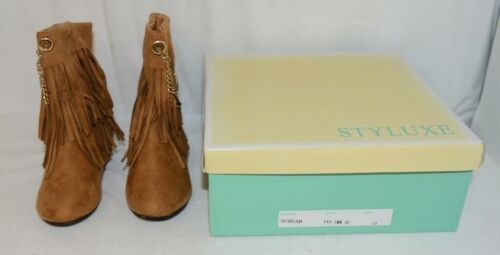 Styluxe Scream Tan Suede Girls 10 Fringe Boots With Chain Plus 3 Charms