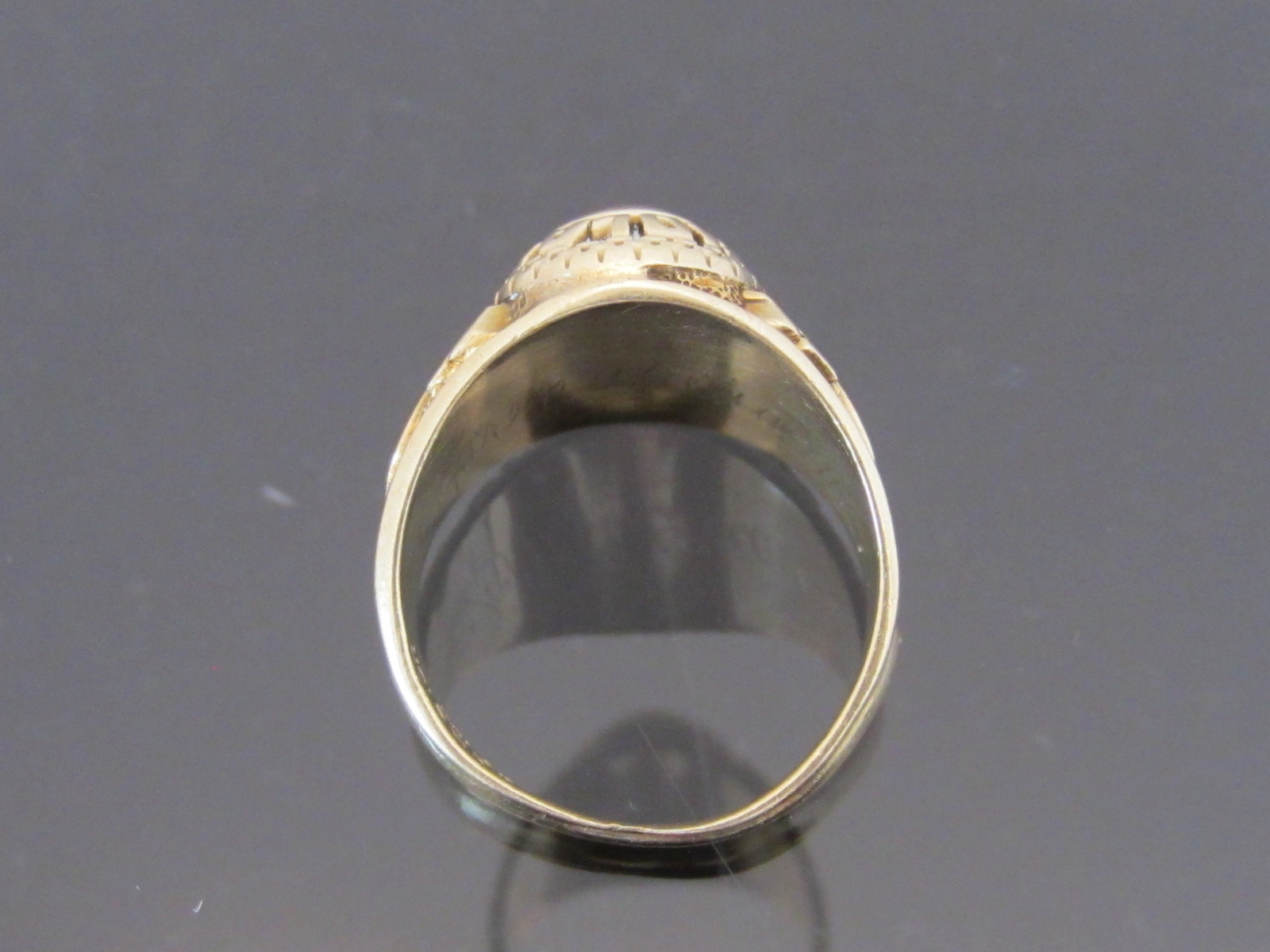 Vintage 1980s Solid 10K Yellow Gold Aquamarine Cabochon High School Class Ring S