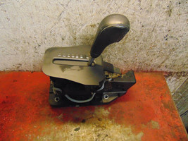 01 02 03 04 Volvo S60 oem automatic transmission shifter assembly p08699400 - $49.49