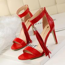 ps345 Cutie serpentine fringe sandals, US Size 4-8.5 red - $48.80