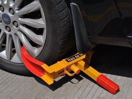 Wheel Lock Clamp Boot Tire Claw  Trailer Auto Car Truck Anti-Theft Towin... - $21.65