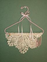 LOVELY LACE & RIBBON WALL HANGING - VERY ROMANTIC! - $5.99