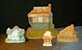 Cottages Holiday Decor Pieces (4) AB 630 Collectible Vintage image 4