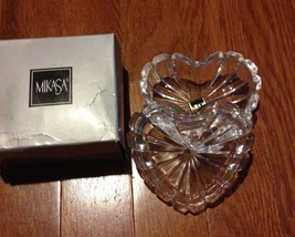 Mikasa Crystal Romantic Jewel Covered Heart  Trinket Box WY365/943 - $6.92