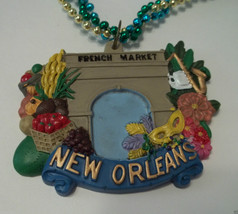 French Market New Orleans Mardi Gras Bead Necklace - $4.74