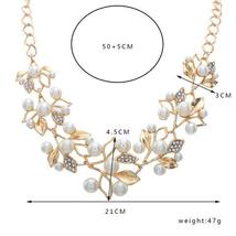 Match-Right Vintage Simulated Pearl Leaves Theme Necklace for Women image 6