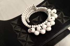 White Glass Beads Bubble Beaded Wired Wrap Expandable Coil Bracelet Vintage Old - $40.00