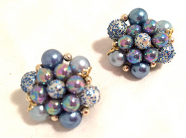 JAPAN stamped Mad Men BLUE Pearls Plastic Beads Cluster Golden Clip on E... - $25.00