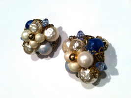 MAD MEN White Faux Baroque Pearls Cluster BLUE Beads Golden Filigree Cup... - $20.00