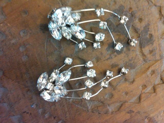 WEISNER vintage designer crystal diamonds clip earrings fabulous vintage jewelry