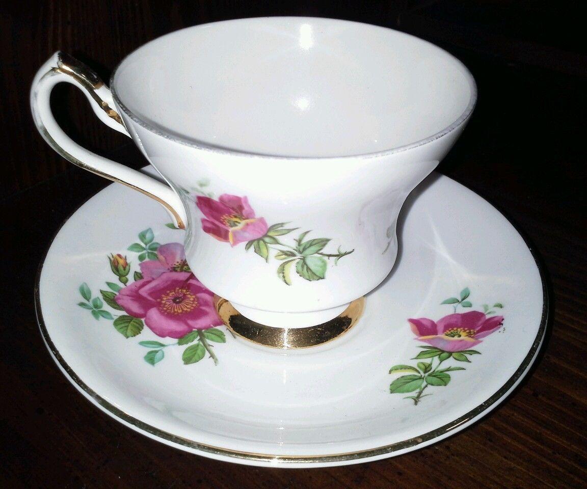 royal windsor fine bone china cup and saucer set england other. Black Bedroom Furniture Sets. Home Design Ideas