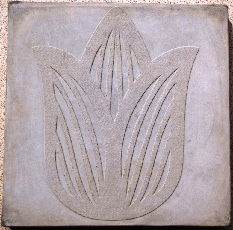 1- 18x18x2.25- 3-D TULIP STEPPING STONE OR TILE MOLD #SS-1818-TS-01 FOR CONCRETE