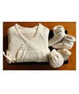 100% Organic Newborn Long Sleeve Side Snap Shirt, Mittens and Booties / Gift set - $32.67