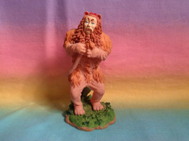 Vintage 1999 Turner Entertainment Enesco Wizard of Oz Cowardly Lion Figure - $9.85