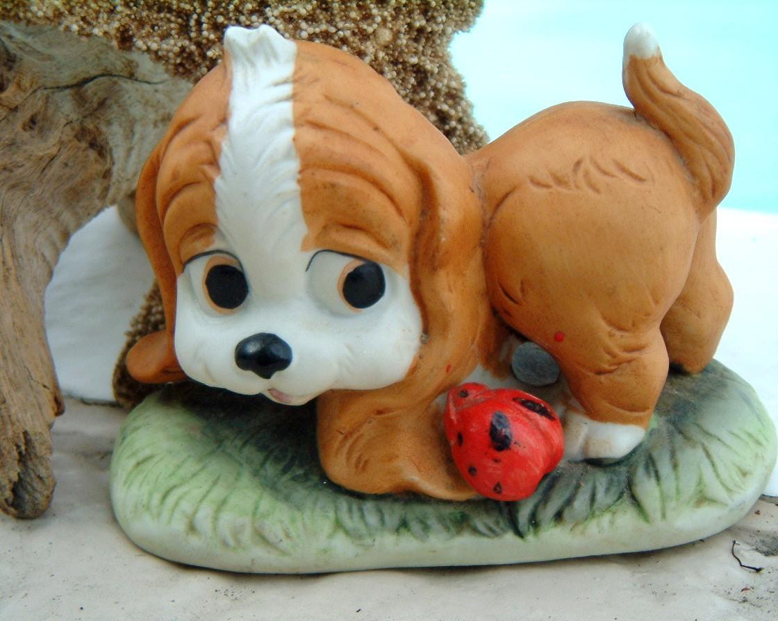 Vintage Spaniel Dog Lego Puppy Ladybug Porcelain Figurine 1960s