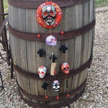 Vintage Hand Crafted Peruvian Pottery Tattoo Art Skull & Cross Wind Chim... - $39.55