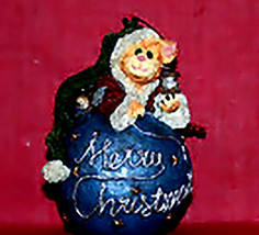 "Boyds Purrstone Ornament""Fuzzywigs Round Up..Strike A Merry Cord"" #27080... - $19.99"