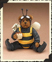 "Boyds Shoe Box Bear ""Buzzby Q. Bear"" 4.25"" Bee Bear- #3256- 2E- NIB-2006 - $19.99"