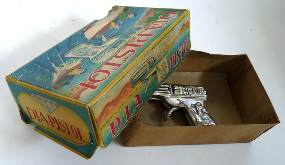Dia Pistol vintage toy water gun original box 1950 cowboy western