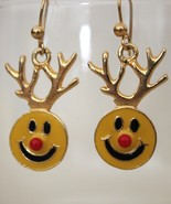 Happy Smiley Face Reindeer Gold Christmas Earrings - $4.95