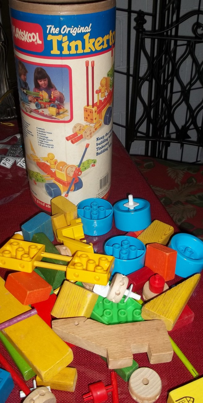 VINTAGE ORIGINAL TINKER TOYS PLAYSKOOL 118 SUPER SET WOODEN