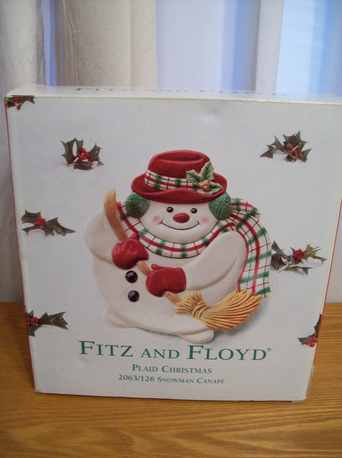 fitz and floyd plaid christmas snowman canape plate. Black Bedroom Furniture Sets. Home Design Ideas